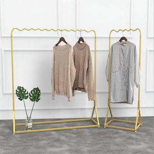 Estante de exhibición de ropa de oro Tienda de ventana simple Estante de ropa de oro Estante de exhibición de suelo Rack Dormitorio Ropa Racks