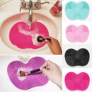 Hot Silicone Brush Cleaning Mat Makeup Cosmetics Brushes Cleaning Pad Silicone Makeup Brush Cleaner Mat Portable Washing Brush Tool Scrubber