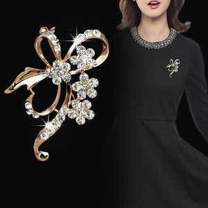 Bow Brooch Rhinestone Flower Brooches for Women Bowknot Brooch Pin Simple Fashion Jewelry Wedding Pin Corsage Accessories
