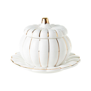 White Porcelain Pumpkin Soup Bowl with Lid Gold Painted Stew Pot Serving Tureen for Autumn Harvest Fall Party Thanksgiving Dinner