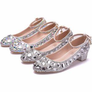 3 centímetros salto baixo confortáveis Desempenho Shoes Toe Rodada strass Wedding Dress Formal Shoes Chunky Low Heel Partido Prom Bombas