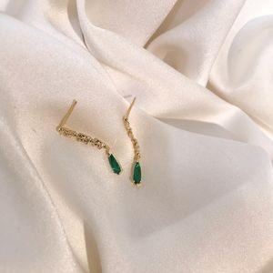 Pendientes de plata de ley 925 Pendientes de primera calidad del agua Sentido largo de color verde esmeralda gota Stud 2020 New-Drop