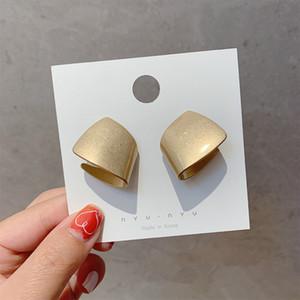 2020 Nouvelle Arrivée géométrique Métal Femmes Classique Boucles d'oreilles Sense avancée Boucles d'oreilles Minority Bijoux Simple
