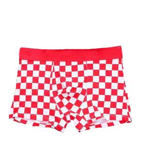 2019 Cubo pequeño de lujo de la ropa interior de los hombres Boxer Breves pantalones cortos Diseñador Divertido Adulto Moda Algodón Sexy Boxers Ropa interior masculina suave Alta calidad