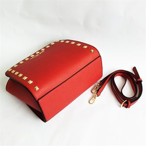 Designer Women Shoulder Bag Luxury Soft Cow Leather 38Cm Width Travel Rivets Metal Button First Hand Prices Free Shipping#114