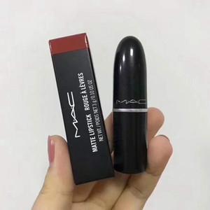 Regalo libre !! 2019 Nueva Barra de labios mate rojo de labios de color de 12 colores diferentes 12pcs