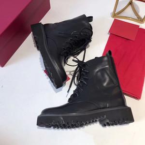 Botines de mujer nuevos botas de mujer de cuero de lujo botas de invierno de doble encaje con suela plana corta caja de encaje