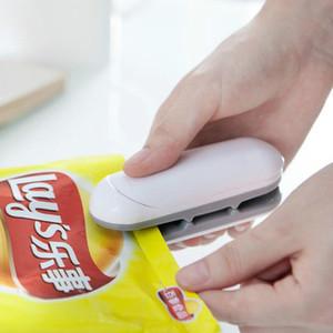 Бытовая Удобный мини-закуски Пластиковый мешок Sealer Зажимы для рук под давлением жары вакуума консервной Малый запайки
