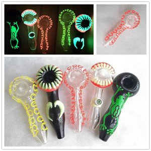 Luminous Heady Glass Smoking Pipes Hand Cigarette Oil Burner Tobacco Flower Frog Heavy Spoon Pipes Tool 5 styles Choose