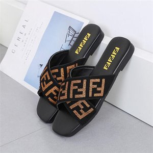 Women Shoes Slippers Flat Heel Flip Flops Ladies Sandals Summer Letters Webbing Straps Cross Square Head Slides Beach Scuffs Big Size 35-42