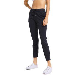 Side ile Tozluklar 4 Way Stretch Kumaş Süper Kalite Yoga Pantolon Koşu Kadınlar Egzersiz Doğa Sporları Külotlu Pockets