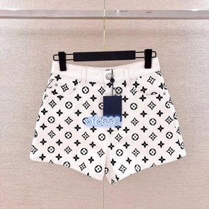 high end women girls mini shorts pant jeans hit color covered monogram letter print a-line pants runway fashion womens shorts