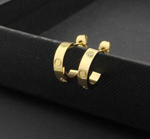 Hot fashion Titanium acciaio 18 carati oro rosa orecchini d'amore per donna all'ingrosso squisita moda semplice C diamante signora orecchini gioielli regalo