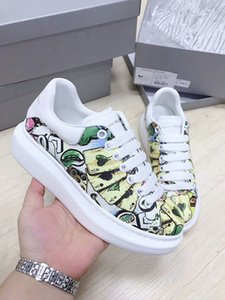 Best Quality Graffiti mens oversized designer shoes luxury women famous shoes Party Paris designer sneakers With wide painted soles HX-13
