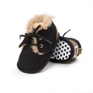 Zapatos designer- 2020 Winter al bebé recién nacido / muchacha arranque en caliente del zapato el primer caminante bebés Niños antideslizante cargadores de los niños
