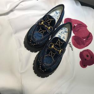 브랜드 로퍼 여성의 고급 증가 신발 올드 클래식 꽃 여자 특허 가죽 스니커즈 캐주얼 신발 CHAUSSURES 트레이너 최고의 품질