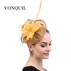 L'oro Fascinators con le piume e Vintage copricapo di piume Eleganti signore giorno Chiesa Cappellino per le feste di nozze Spose Accessori per capelli libera la nave