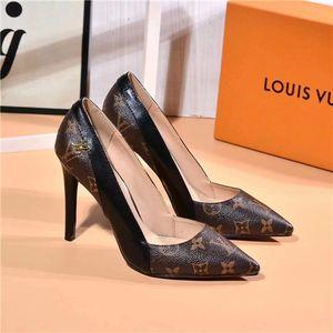 HOT 2020 봄 새로운 도착 브랜드 여성 신발 검정, 흰색 가죽 패션 캐주얼 신발 명품 높은 품질 여성은 41 style9 펌프