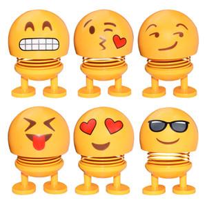 Cute Smile dell'automobile della bambola ornamento Emoji Scuotere la testa automobile Interior Decoration Cruscotto ABS divertente Smiley Dolls Ornament