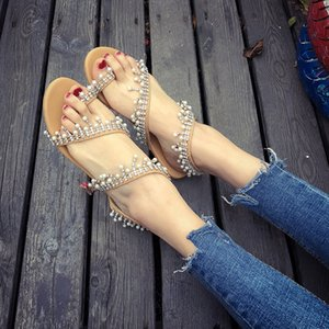 2019 Summer Rome Pearl Sandals Big Code Europe And America Handmade Beads Ladies Fashion Flat Bottom Shoes Hot Sale 38qyI1