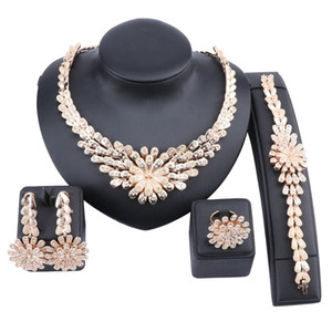 African Jewelry Sets Flower Crystal Necklace Dubai Gold Jewelry Set for Women Wedding Party Bridal Earrings Ring Set