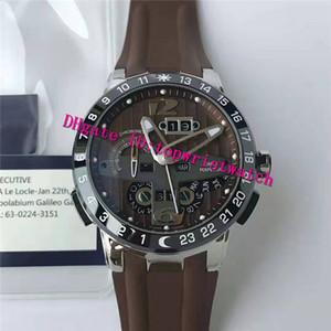 TWA تورو GMT ساعة اليد الأبدي التقويم ووتش رجالي مصمم الساعات السويسرية UN-32 التلقائية الميكانيكية الياقوت الفولاذ المقاوم للصدأ