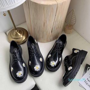 Printemps Automne Filles Chaussures en cuir verni femmes Chaussures Femme Plateforme Flats bout rond noir de dames Zapatos mujer U29-45 L26