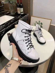 Hot 19ss Europe And America Style Women's Fashion Boots Autumn And Winter Martin Boots Fashionable Comfortable Casual Shoes E8777