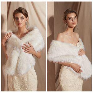 PJ18109 chic coiffe foulard foulard en fausse fourrure hiver douce moelleuse femme coule chaleur nuageuse châle en stock en stock Cape de fourrure de mariée confortable pour mariage