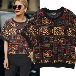 New 2019 European Fashion Women Summer Oversized Tee Top Geometrical Pattern Embroidery Female Stylish T-shirt Streetwear F364