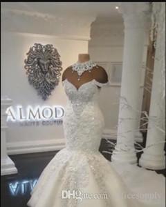 2020 Illusion Dubai arabi della sirena abiti da sposa di lusso alto collo più di formato che bordano i cristalli Corte dei treni Abiti da sposa