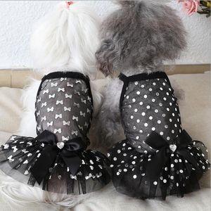 SICAK Satış yaz Pet köpek elbiseler güzel Yavru Köpek kedi İngiliz tarzı toka Sling Prenses etek Gelinlik için Teddy Kaniş Pet giysi