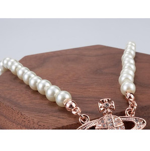 Nouveau Femmes chaîne courte Pearl Necklace satellite strass boule Clavicule chaîne collier multicolore haute qualité Jewelry1