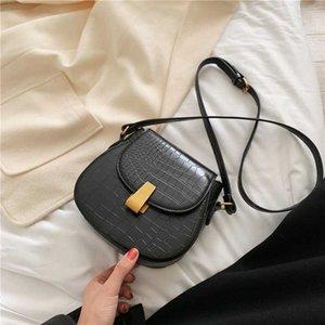 Sólidos Couro Cor das mulheres Messenger Bag 2020 New Stone padrão simples Messenger Bag Ombro
