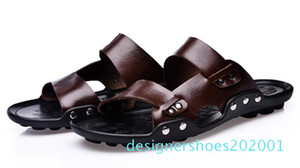 Wholesale-Men Genuine Leather Flip Flops chinelo masculino Fashion Mens Slippers Summer Outdoor Beach Shoes Casual Men Sandals d01