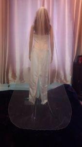 "White chapel wedding veil scattered Diamante Crystal Rhinestones 90"" Length 1T Material: net Yarn package edge"
