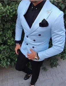 사용자 정의 신랑 턱시도 더블 브레스트 라이트 블루 피크 옷깃 들러리 최고의 남자 정장 남성 웨딩 정장 (재킷 + 바지)