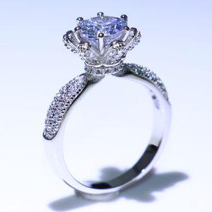 Vecalon Brand New Luxury Jewelry Vendita calda di alta qualità 925 Sterling Silver taglio rotondo bianco Zaffiro CZ Diamond Wedding Party Ring regalo
