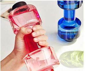 Criativa NOVO 550ml Dumbbell Fitness Equipment Forma Chaleira Espaço Cup Fruit Juice Garrafa Desporto Aquático Bottle 750 milímetros * 205 milímetros