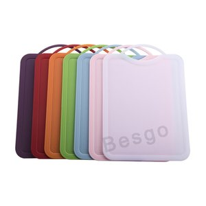 Candy Colors Chopping Boards Non Slip Plastic Cutting Boards Hanging Chopping Board Vegetable Fruit Meat Cutting Kitchen Gadget DBC BH2761