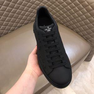 2020 Marques Plateforme Classique Chaussures Casual Sport Skateboard plat Chaussures Hommes Sneakers velours Heelback Robe Chaussures de sport Femmes Sneak RD543