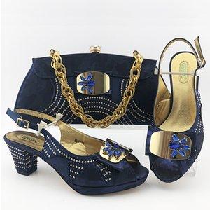 Cor Azul Chinelos nigeriano com Matching Bolsa para Partido Africano Mulher sapatos e bolsa Set africanos sapatos de casamento com Cristal