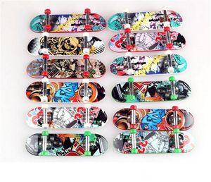 Kinder Spielzeug-Animation Benachbarte Modell Griffbrett LKW Mini ABS Skateboard Spielen Spielzeug Finger Skateboards K102