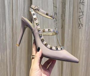 Les femmes talons hauts robe chaussures fête mode rivets filles sexy chaussures bout pointu boucle plate-forme pompes chaussures de mariage noir blanc rose couleur