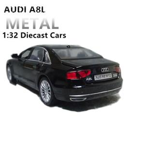 1:32 Diecast Масштабной игрушки автомобиль Audi Модель 4 -открываемых двери Металл Модель Звука и света Оттяните SUV Игрушки для детей T200110