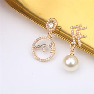 Lady Diamante e Perla orecchini asimmetrici di stile ragazza degli orecchini orecchino di perla Lady Bella Jewelr Luxury Matrimoniale F Lettere Orecchini Donna