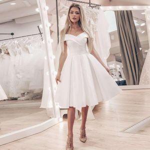 2020 Pouco vestido branco Off the Shoulder casamento A linha de vestidos baratos Curto vestido de casamento na altura do joelho de cetim vestidos de noiva Robe De Mariage