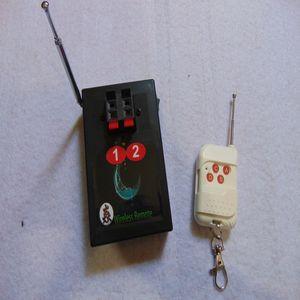 2 الإشارات تأثير مرحلة الارسال اللاسلكي للتحكم عن بعد التبديل مزدوجة الألعاب النارية نافورة إطلاق المرحلة الزفاف نظام الأسلاك النحاسية متسلسل
