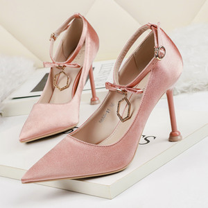 2020 New Spring Women Ankle Strap Pumps High Thin Heels Pointed Toe Shallow Solid Crystal Buckle Sexy Ladies Women Shoes