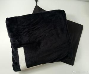 Sac à poussière inclus Epaississement noir de marque Blanket 150x200cm 130150cm lit chariot d'impression et la signalisation motif de chaîne châle de couverture chaud